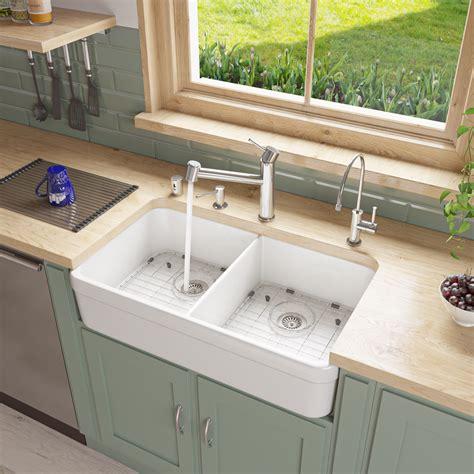 White-Farmhouse-Sink-Amazon