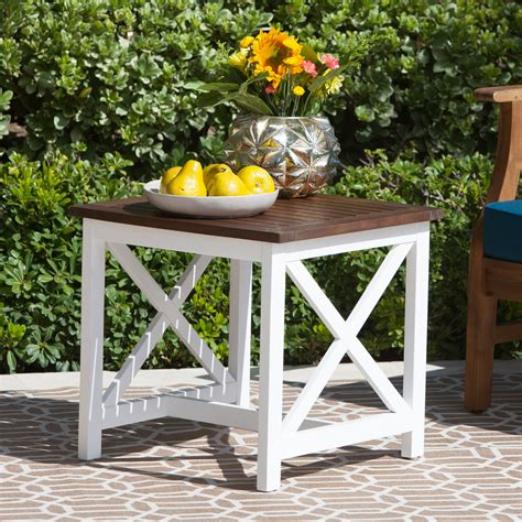 White-Farmhouse-Table-With-Wood-Border