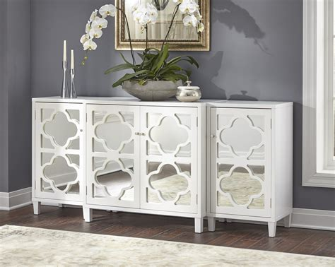White-Mirrored-Buffet