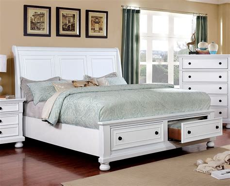 White-Solid-Wood-Bed