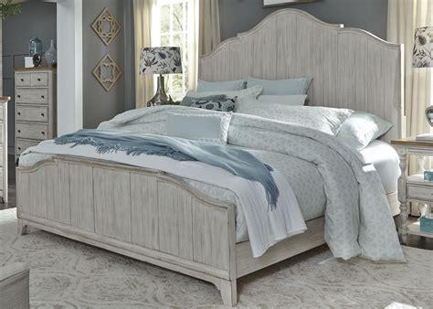 White-Wood-Farmhouse-Bed