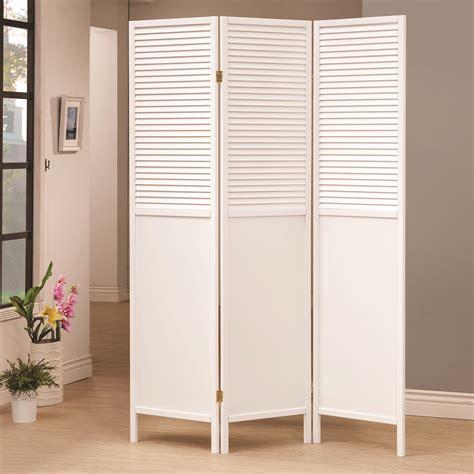 White-Wooden-Screen