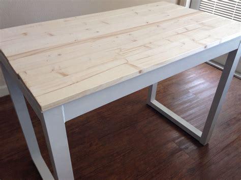 Whitewash-Desk-Diy