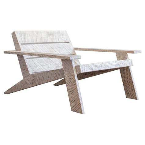 Whitewashed-Adirondack-Chairs