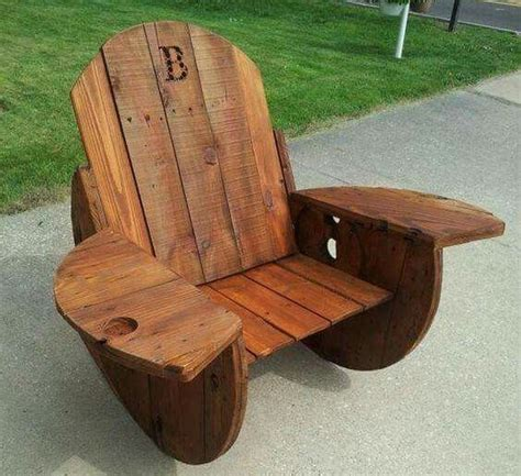 Wire-Spool-Rocking-Chair-Plans