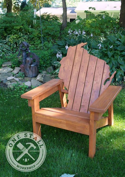 Wisconsin-Adirondack-Chairs-Plans