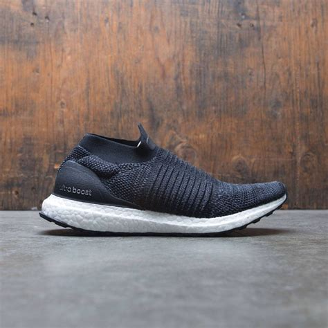 Women Ultraboost Laceless W (Black/Core Black)