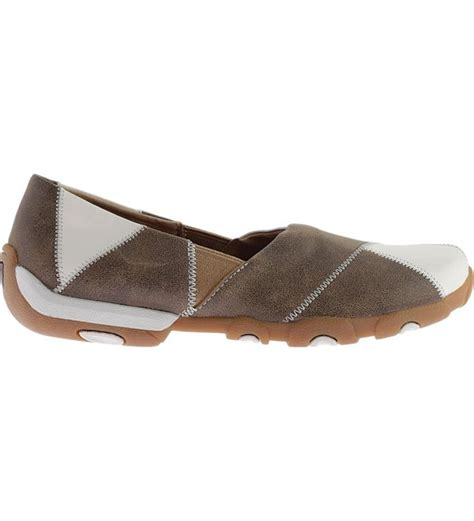 Women's Slip on Driving Moccasins Round Toe - Wdm0054