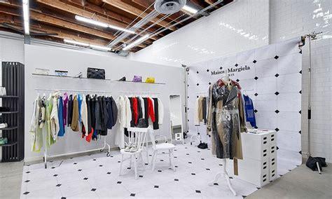 Women's Fashion Clothing thru Fashion Shops Online
