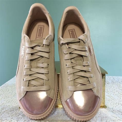 Womens Puma Sneakers Size 8