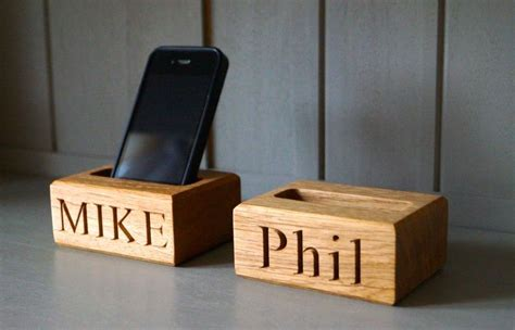 Wood Burning Phone Stand Plans