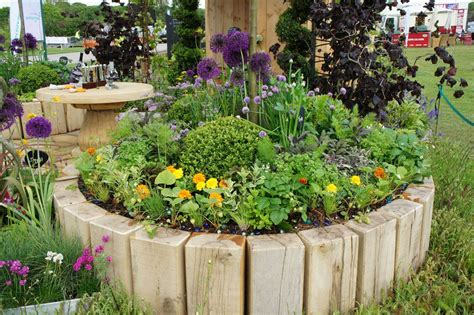 Wood Flower Beds Designs