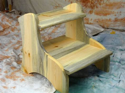 Wood Footstool Plans Look Like Dog
