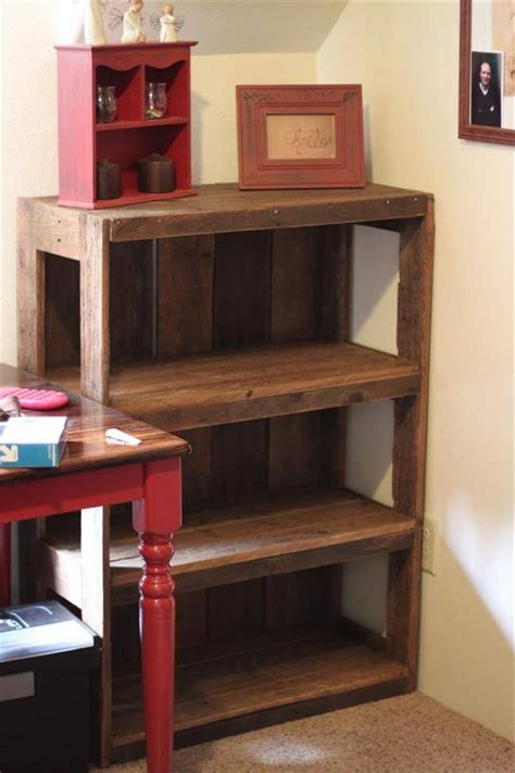 Wood Pallet Bookshelf Diy Filing