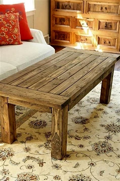 Wood Pallet Table DIY