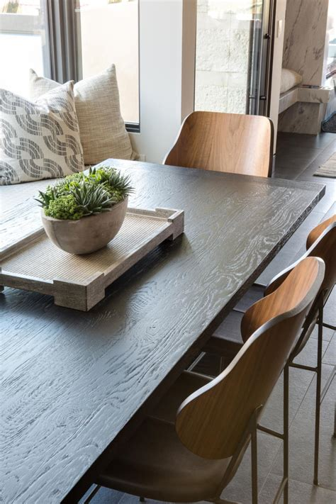 Wood Plank Dining Table Diy Centerpiece