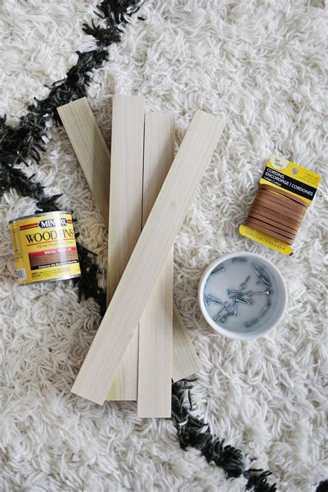 Wood Poster Hanger Diy