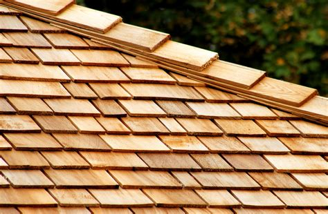 Wood shingle roof Image