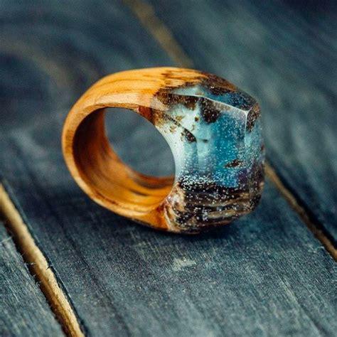 Wood-And-Resin-Rings-Diy