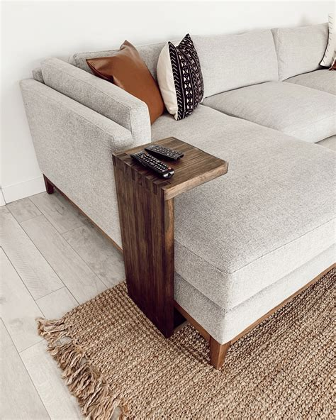 Wood-C-Table-Diy