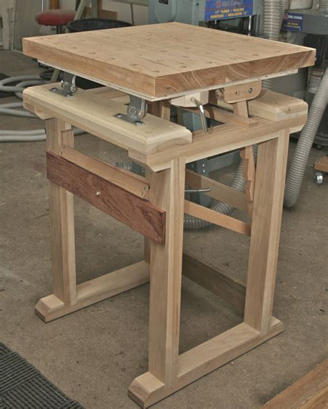Wood-Carving-Bench-Plans