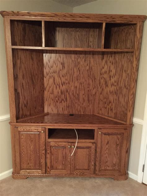Wood-Corner-Entertainment-Center-Plans