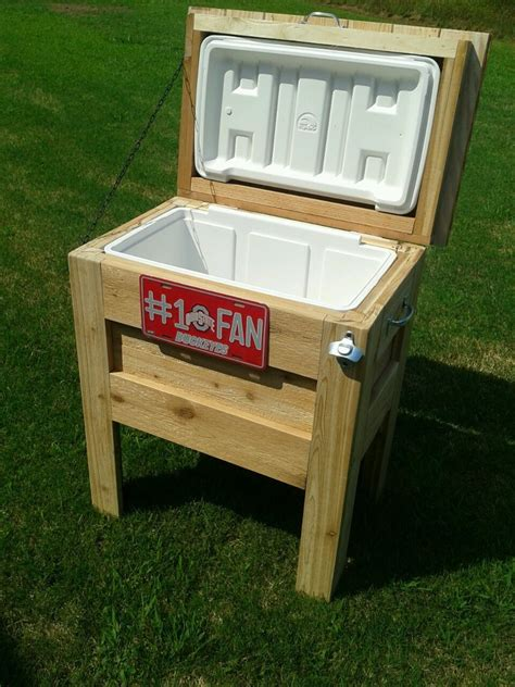 Wood-Covered-Cooler-Plans