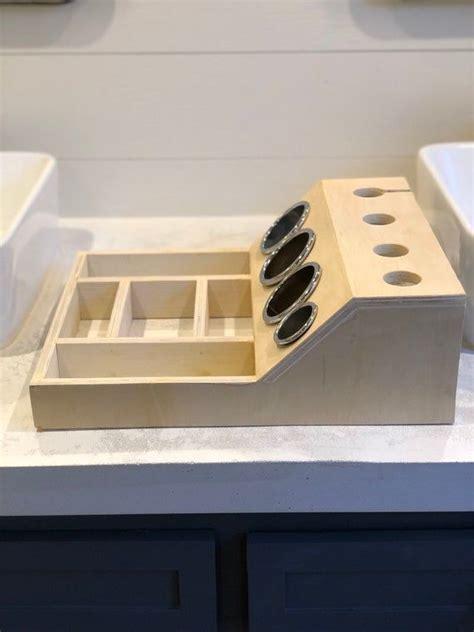 Wood-Curling-Iron-Shelf-Plans