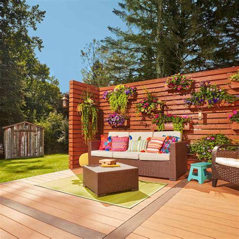 Wood-Decking-Wall-Diy