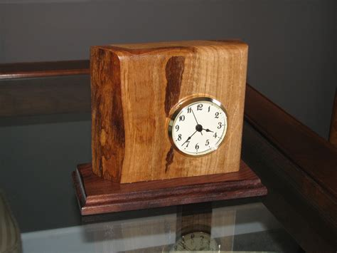 Wood-Desk-Clock-Projects