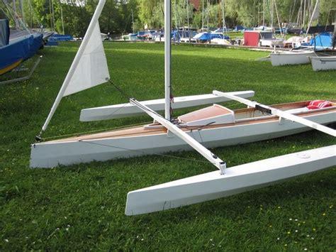 Wood-Folding-Trimaran-Sailboat-Plans