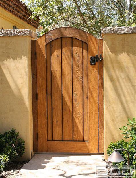 Wood-Gate-Door-Plans