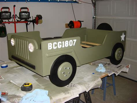 Wood-Jeep-Bed-Plans
