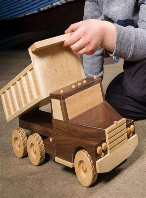 Wood-Magazine-Dump-Truck-Plans