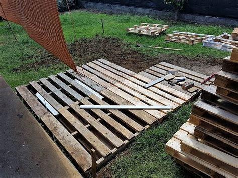 Wood-Pallet-Deck-Plans