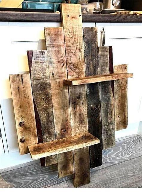 Wood-Pallet-Shelves-Diy