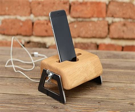 Wood-Phone-Dock-Plans