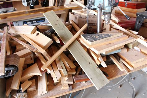 Wood-Plank-Backdrop-Diy