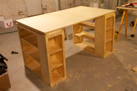 Wood-Plans-To-Build-Craft-Table