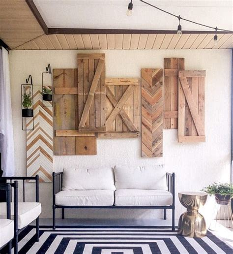 Wood-Stained-Shutters-Diy-Oallet