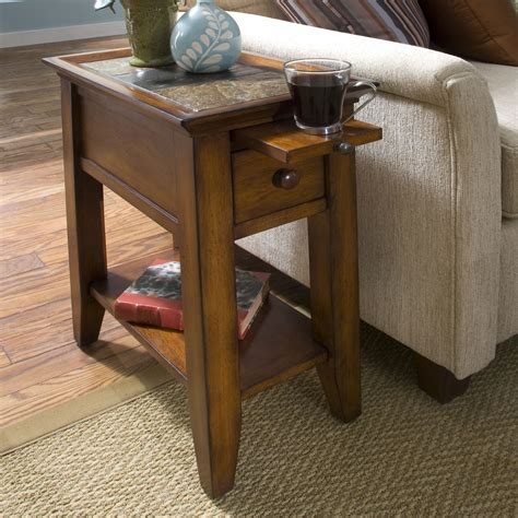 Wood-Stool-Side-Table-Diy-Small