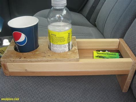 Wood-Varnish-For-Small-Projects