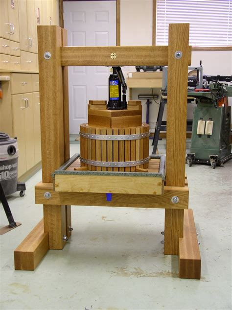 Wooden Apple Press Plans