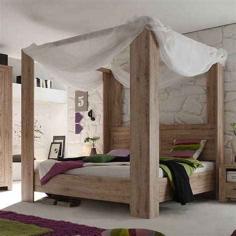Wooden Canopy Bed Diy Decor