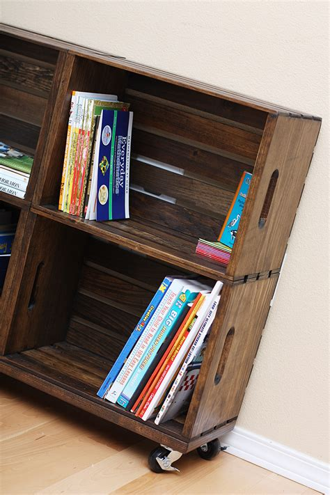 Wooden Crate Bookshelf DIY