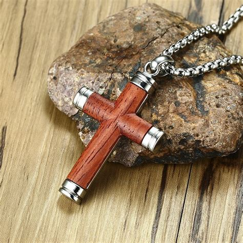 Wooden Cross Necklace DIY
