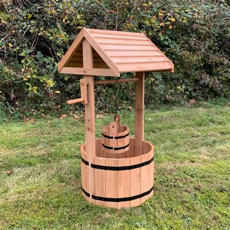 Wooden Garden Wishing Well UK