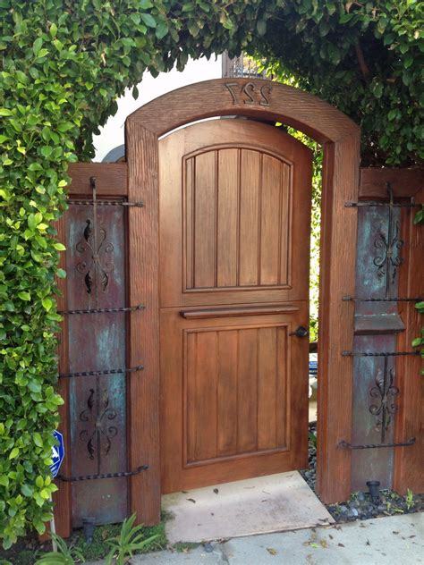 Wooden Gate Door Plans
