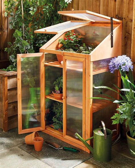 Wooden Mini Greenhouse Plans