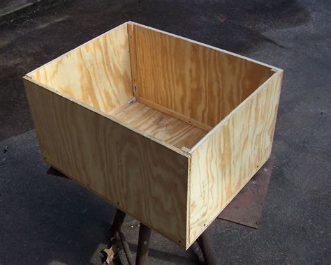 Wooden Planter Plans Using Plywood